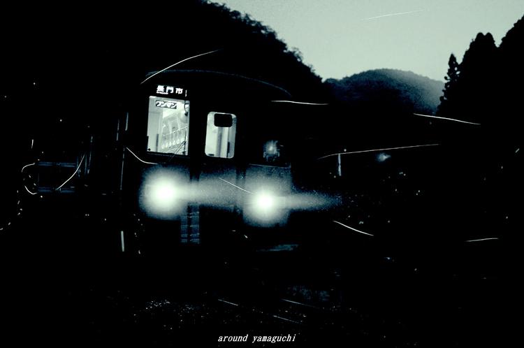 ほたる電車02.jpg
